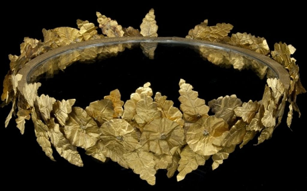 Gold wreath, 4th-3rd Century BCE (photo credit: Courtesy Bible Lands Museum)