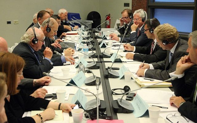 Negotiators from the Claims Conference, left, meet with German government officials regarding compensation for Nazi victims who live in the former Soviet Union, 2012 (photo courtesy: The Claims Conference)