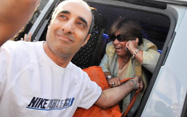 Hagai Amir, the brother of Yitzhak Rabin's assassin, Yigal Amir, leaves Ayalon Prison a free man on May 4, 2012 (photo credit: Yossi Zeliger /Flash 90)