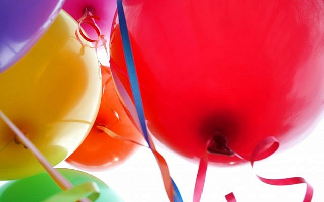 Colorful balloons (photo credit: CC-BY-2.0, by D. Sharon Pruitt, Wikimedia Commons)