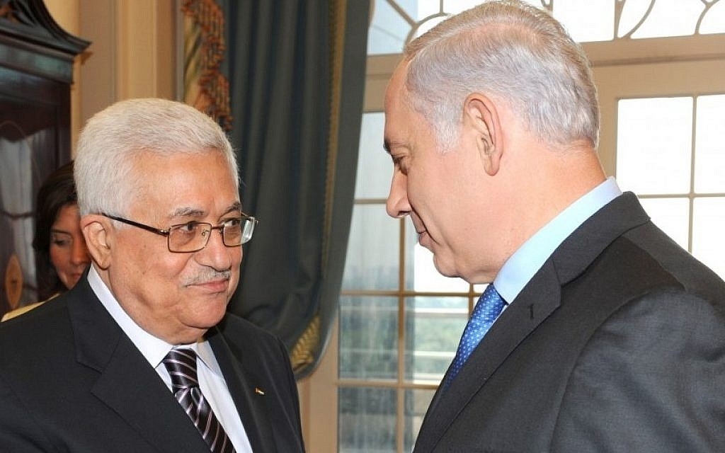 Palestinian Authority President Mahmoud Abbas (left), and Prime Minister Benjamin Netanyahu meet at a peace conference in Washington, DC, on September 2, 2010. (Moshe Milner/GPO/Flash90)