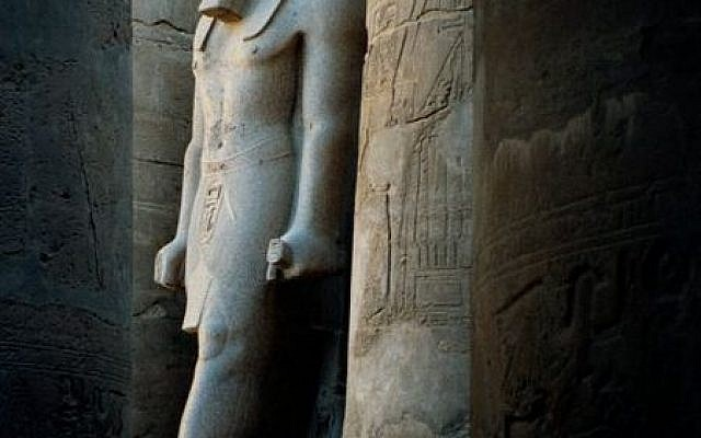 A Pharaonic statue in a Luxor temple (photo credit: CC-BY-SA, Hajor, Wikimedia commons)