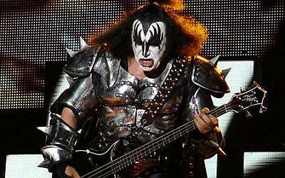 Gene Simmons (photo credit: CC-BY-Alberto Cabello, Wikimedia Commons)