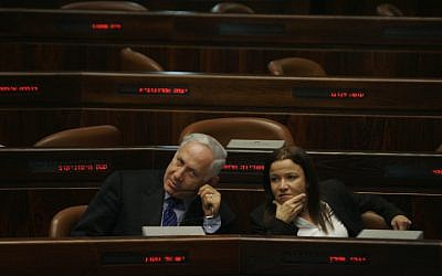 Prime Minister Benjamin Netanyahu and Labor leader Shelly Yachimovich (photo credit: Michal Fattal/Flash90