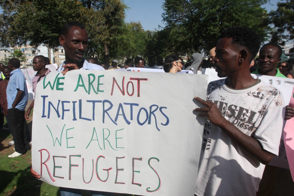South Sudan refugees protest in Tel Aviv against Israeli immigration policy, June 10, 2012 (photo credit: Roni Schutzer/Flash90)