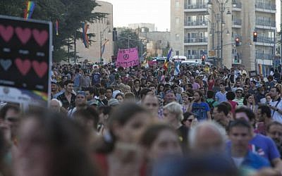 Israelis participate in Jerusalem's tenth annual Gay Pride Parade (Yonatan Sindel/Flash90)