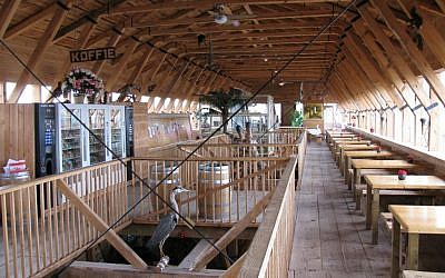 Inside view of Noah's Ark replica while still under construction in 2009 (vending machines not part of original ark). (photo credit: CC BY-SA 2.0, by bobba_dwj, Flickr)