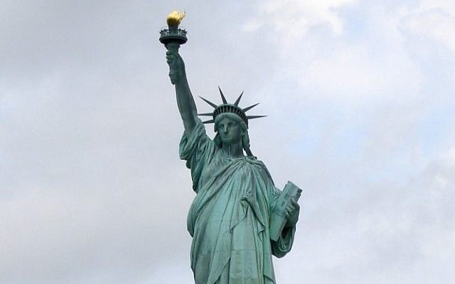 Statue of Liberty (photo credit: CC-BY-SA Elcobbola, Wikimedia Commons)