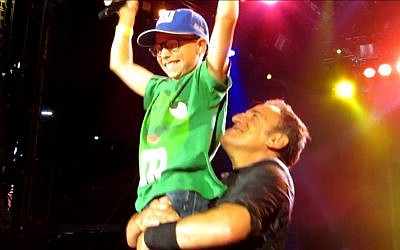 Morty Oppenheim and the Boss, Gillette Stadium, August 18 (photo credit: YouTube screenshot)