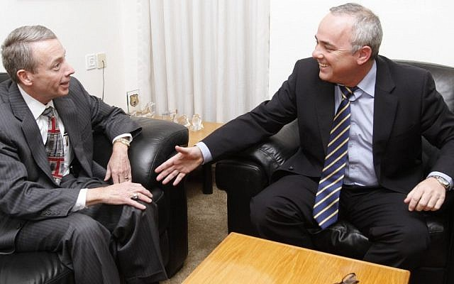 Charles Davidson (L), Chairman of Noble Energy, meets withFinance minister Yuval Steinitz (Photo credit: Miriam Alster/FLASH90)