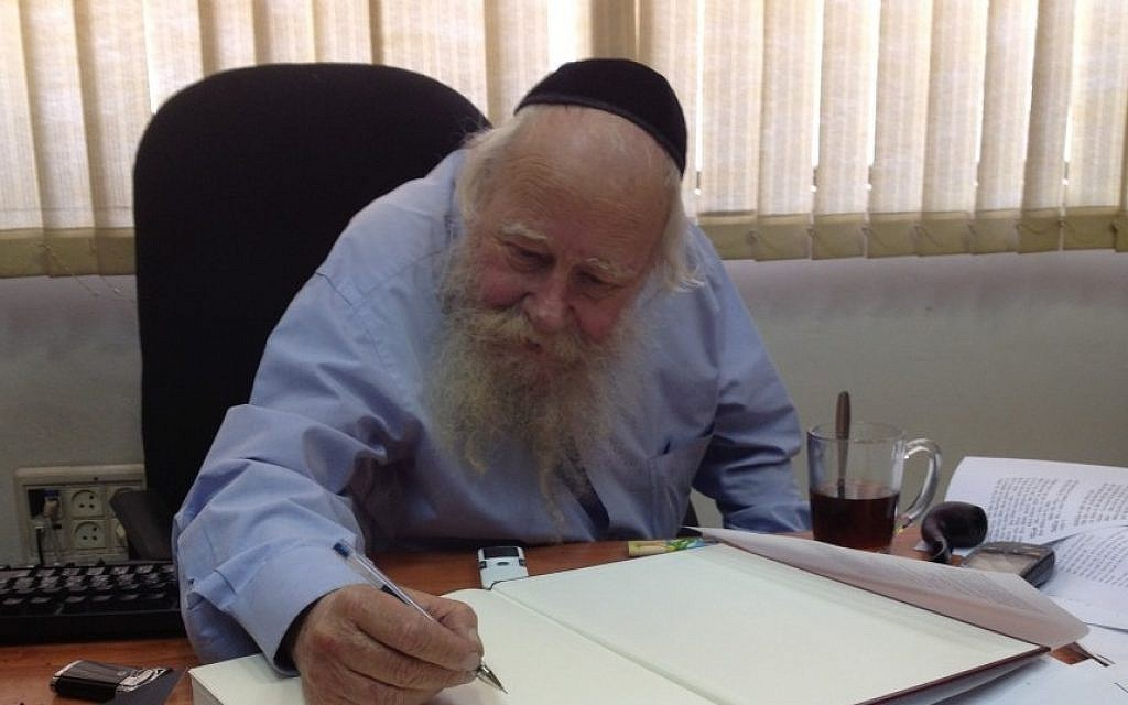 Gemara guru Rabbi Adin Even-Israel (Steinsaltz) in his Jerusalem office (photo credit: Raphael Ahren/Times of Israel)