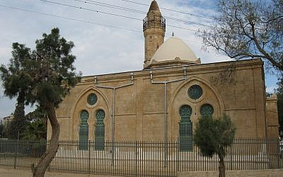 Beersheba's great mosque (photo credit: CC-BY ~Ori/Wikipedia)