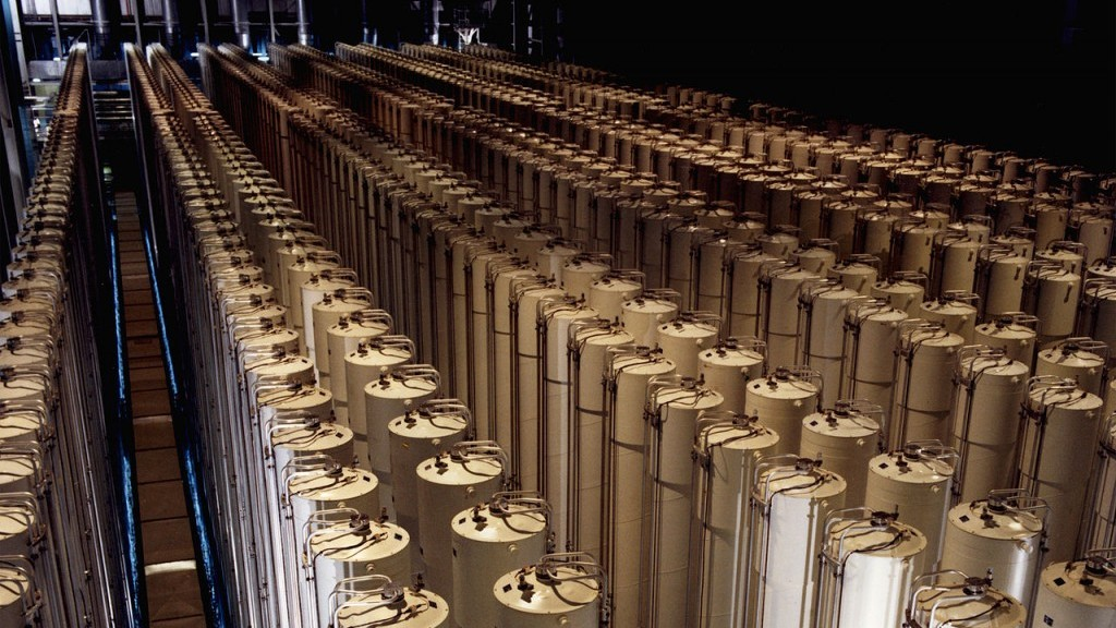Centrifuges enriching uranium (Photo credit: US Department of Energy/ Wikimedia Commons)