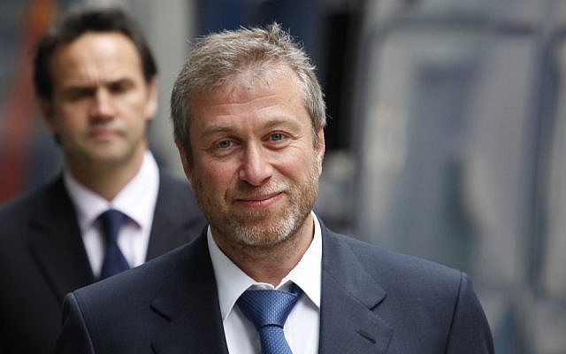 The owner of England's Chelsea Football Club, Russian tycoon Roman Abramovich, as he leaves court in London, on October 4, 2011. (AP/File)