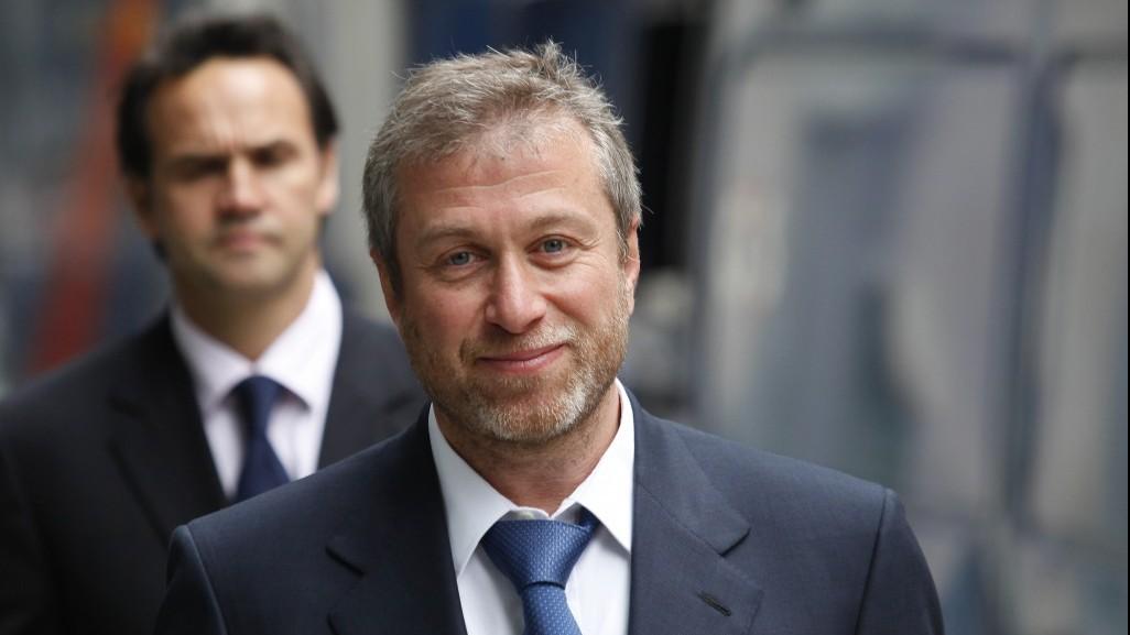 chelsea owner abramovich splits from wife spokesman