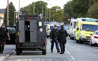 Illustrative: English police foil a major terror attack in Birmingham, September 2012. (AP/Dave Thompson/PA)