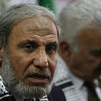 File: Senior Hamas leader Mahmoud al-Zahar giving a press conference in 2008. (Wissam Nassar/Flash90)