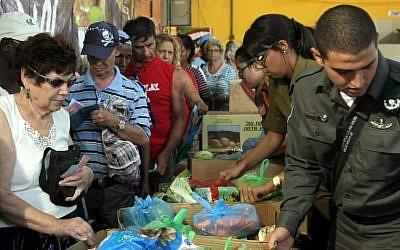 Illustrative photograph of charitable work in Israel (photo credit: Yossi Zamir/Flash90)