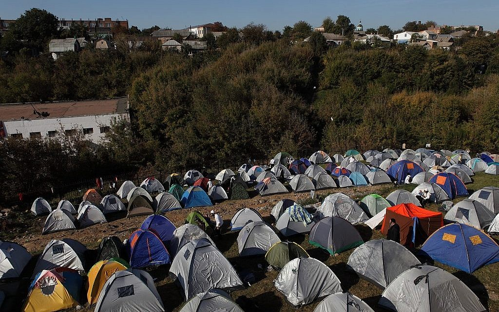 A tent city of visitors to Uman for Rosh Hashanah last year. (photo credit: Yaakov Naumi/Flash90)