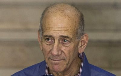 Former prime minister Ehud Olmert (photo credit: Yonatan Sindel/Flash90)