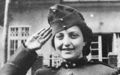 Hannah Szenes dressed as a Hungarian soldier on Purim (Wikimedia Commons)