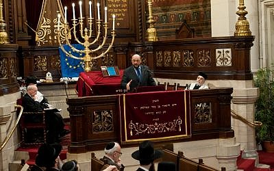 Martin Schulz, president of the European Parliament, speaking at the Great Synagogue of Europe in Brussels, March 2012. (photo credit: Courtesy European Parliament/JTA)