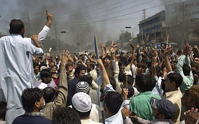 Protesters shout anti-US slogans at a rally in Rawalpindi, Pakistan earlier this month (photo credit: AP/B.K. Bangash)