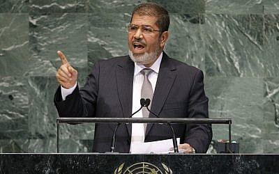 Mohammed Morsi addresses the UN General Assembly, September 26 (photo credit: AP/Jason DeCrow)