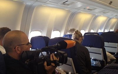 Journalists aboard the PM's Boeing 767 (photo credit: Raphael Ahren/Times of Israel)