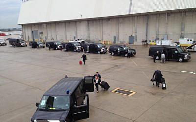 The prime ministerial motorcade in New York's JFK airport (photo credit: Raphael Ahren/Times of Israel)