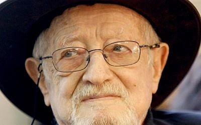 Haim Hefer (1925-2012) (photo credit: Moshe Shai/Flash90)
