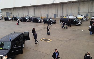 Benjamin Netanyahu's motorcade at JFK airport in New York, Thursday (photo credit: Raphael Ahren/The Times of Israel)