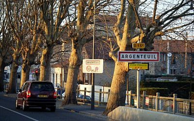 The Paris suburb of Argenteuil. (photo credit: CC BY-SA  MPD01605, Flickr)