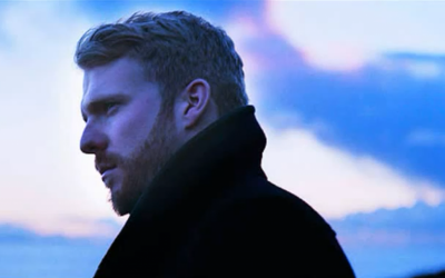 """Currently riding the success of Top 10 single """"Too Close,"""" Alex Clare keeps a distance from female fans in accordance with Jewish tradition. (Photo credit: YouTube screenshot)"""