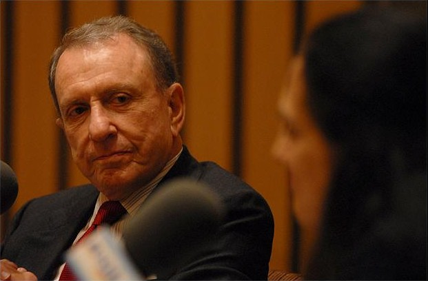 Senator Arlen Specter, in a 2006 interview (photo credit: CC BY-SA-3.0, by KyleCassidy, Wikimedia Commons)