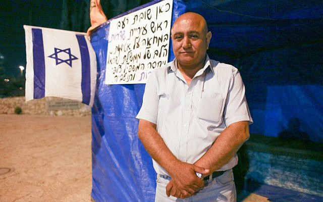 Sderot Mayor David Buskila set up a tent in front of Prime Minister Benjamin Netanyahu's office on Wednesday (photo credit: Oren Nahshon/Flash90)
