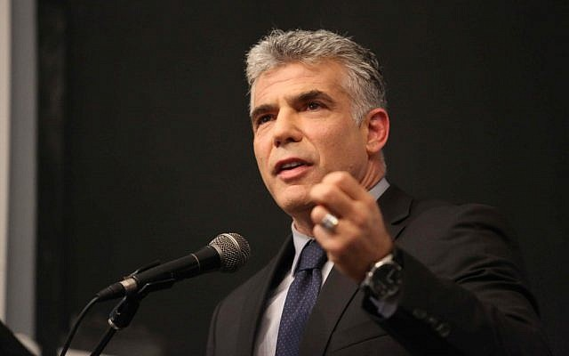 Yair Lapid reveals more of his platform at the Ariel University on October 30 (Photo by Yehoshua Yosef/Flash90)