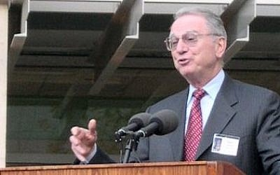 Irwin Jacobs (photo credit: public domain via Wikimedia Commons)