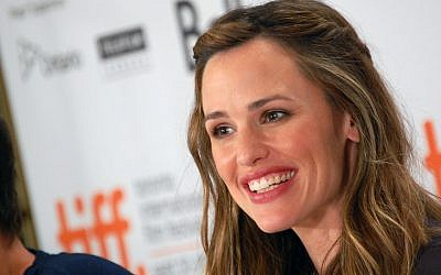 """Jennifer Garner jokes that she hopes someday to play a ghost in a stage version of """"Fiddler on the Roof."""" (Photo credit: CC BY/Karon Liu via Flickr.com)"""