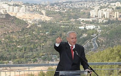 PM Netanyahu speaking in Gilo, October 23, 2012. (photo credit: Moshe Milner/GPO)