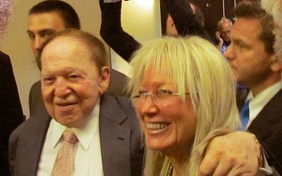 Sheldon Adelson (left) with his wife Miriam at a meeting of the Republican Jewish Coalition. (Photo credit: Ron Kampeas/JTA)