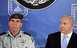 Gabi Ashkenazi (L) and Benjamin Netanyahu in 2011. (Abir Sultan/Flash90)