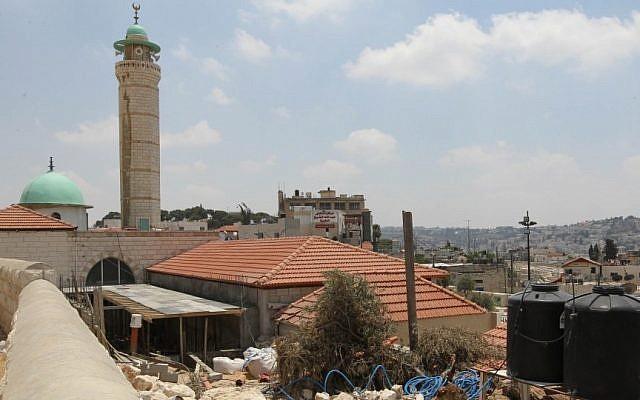 The neighborhood of Ras el-Amoud, in east Jerusalem. (photo credit: Nati Shohat/Flash90)