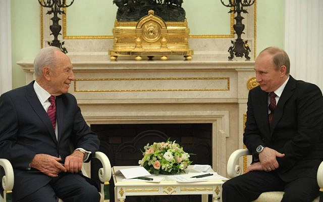 Israel President Shimon Peres meets with his Russian counterpart Vladimir Putin in the Kremlin on Thursday (photo credit: Mark Neyman/GPO/Flash90)