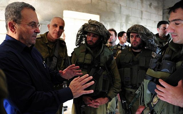 Ehud Barak meets with reserve soldiers along the Gaza-Israel border, November 20, 2012 (photo credit: Ariel Hermoni/Flash90)