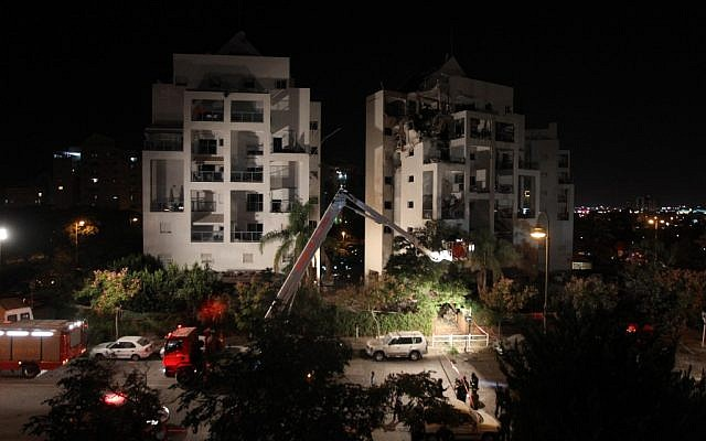 A view of the Rishon Lezion building that was hit by a rocket last week (photo credit: Miriam Alster/Flash 90)