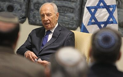President Shimon Peres meets with representatives of the Conference of Presidents of Major American Jewish Organizations on Thursday (photo credit: Miriam Alster/Flash90)