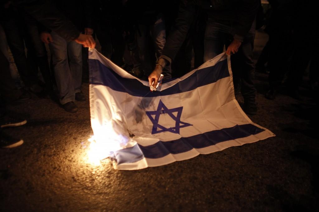 [Image: Greece-Uprising-Anniv_Horo-1.jpg]