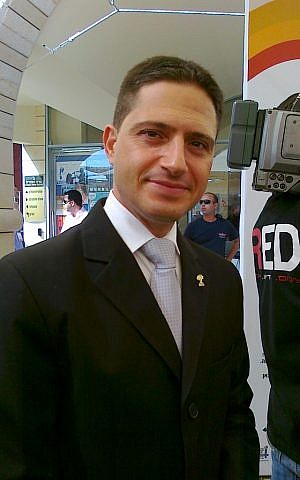 Beersheba Mayor Ruvik Danilovich in 2012. (photo credit: CC BY-SA BASWIM, Wikimedia Commons)