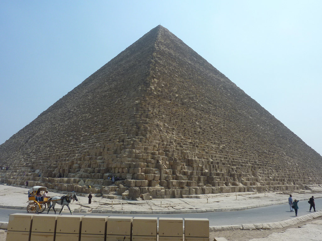 Egyptian Tourism Industry Further Ravaged By Constitution Battle The Times Of Israel
